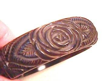 1F Carved Vintage Bakelite Bracelet