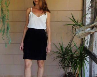 Vintage Suede Black Skirt / High Waist Pencil Skirt / 1980's Medium