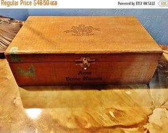 ON SALE - Antique Wood Cigar Box Cuesta Rey Aces All Havana Boite Nature