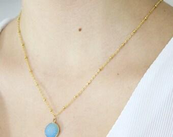 a druze stone pendant necklace