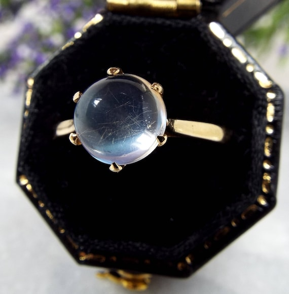 Antique Edwardian 9ct Yellow Gold Moonstone Cabochon Solitaire Ring / Size N