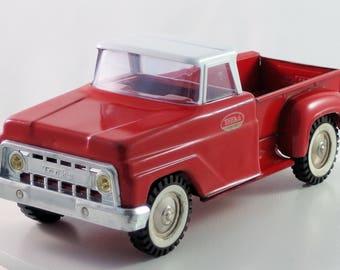 Vintage Tonka 1965-1967 Red & White Stepside Pick-Up