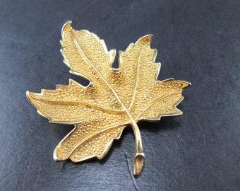 Vintage Coro Maple Leaf Gold Tn Brooch Pin 60s