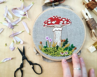 Toadstool Hand Embroidery Pattern, Mushroom Embroidery Hoop Pattern, Embroidery Supplies, Mushroom Embroidery Design