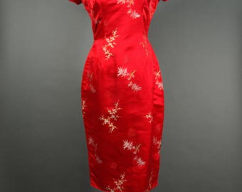Red Brocade Asian Cheongsam Bombshell Wiggle Dress Cherry Blossom and Bamboo Motif 26.5 inch 67 cm Waist