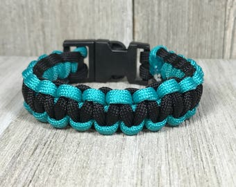 Black and Teal Paracord Bracelet; Teal Survival Bracelet, Two Tone Bracelet, Blue and Black Paracord Jewelry, Square Knot Bracelet