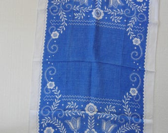 Vintage Linen Tea Towel Dish Towel in Blue and White Portuguese Design Used in Great Condition
