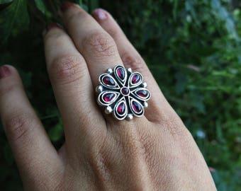 Size 7 Garnet Blossom Sterling Silver Ring