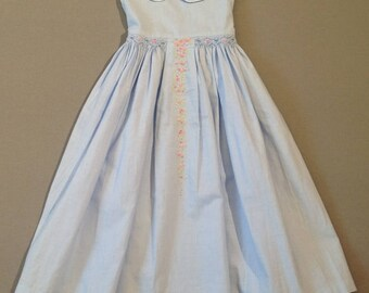 Elegant occasion dress with hand embroidery and smock in vintage french style