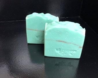 Eucalyptus Soap / Artisan Soap / Handmade Soap / Soap / Cold Process Soap