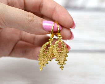 gold earrings dangle bridal party gift-for-women birthday-gift-for-mother elegant earrings for wife gold jewelry beaded leaf drop earrings