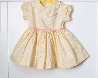 18  months: Yellow Baby Dress, Lace Trimmed Bodice, Pink Floral Appliqué, 1950s Cotton Dress