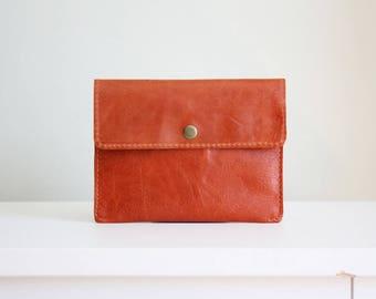Paprika orange leather pouch - white leather wallet - leather card holder / cartera de cuero naranja pimentón