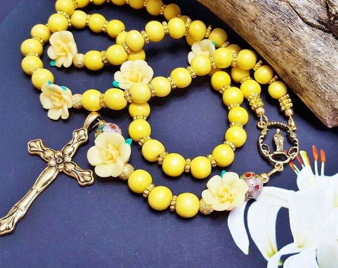 Yellow Floral Catholic Rosary ~ Best Godmother Gifts ~ Godchild Keepsake ~ Gift From Son To Mom, Blessing Gift For Baby, First Communion