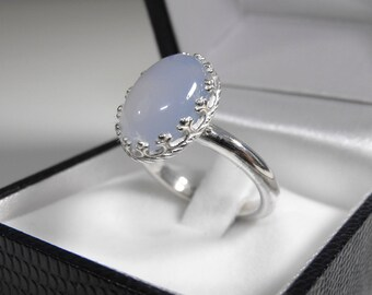 925 silver ring with chalcedony blue 10x14 cabochon cut