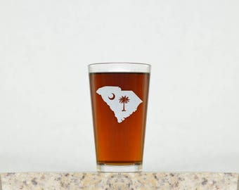 Palmetto Glass | South Carolina Glass, Beer Glasses, Pint Glasses, South Carolina, Drinking Glasses