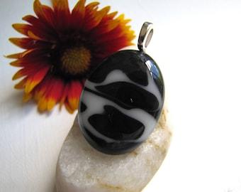 Black and White Pendant,  Yin Yang Glass Pendant, Zen Black and White Pendant, Black and White Marbelized Pendant, White and Black Pendant