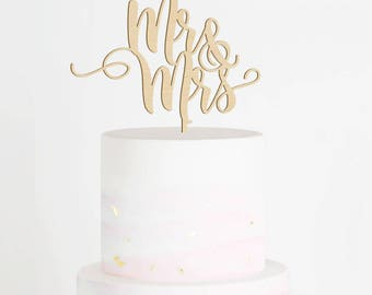 Mr & Mrs Cake Topper, Wedding Cake Topper, Mr and Mrs Wood Cake Topper, Calligraphy Cake Topper. Rustic Cake Topper