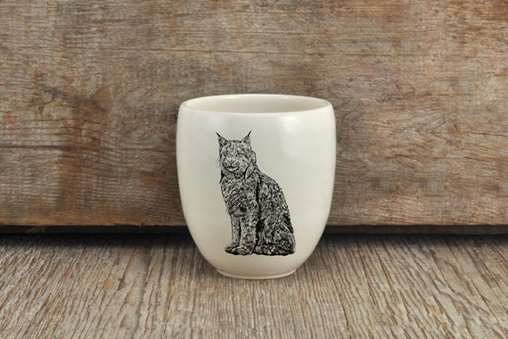 Handmade Porcelain coffee tumbler with Canada lynx drawing Canadian Wildlife collection