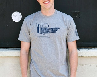 Robot Shirt, Mens Graphic Tee, Tech guy, Gifts for Him, Geeky Gift, Programmer shirt, Tech shirt, Chat bot Graphic Tshirt
