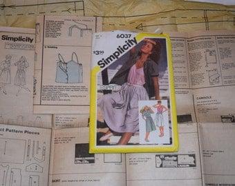 Vintage 1983 Simplicity Esprit 6037 pattern - Misse's Skirt, Camisole and Shirt
