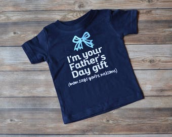 This Is What An Awesome Dad Looks Like T Shirt. Funny