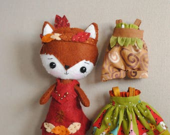 Gingermelon Native Wool Fox with Outfits