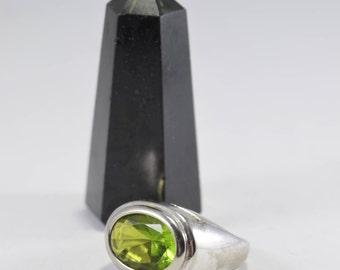 Peridot Ring, Stamped SC Sterling, Gemstone Ring, Silver Ring, Size 9 ring, Sterling Silver Ring, Oval Gemstone