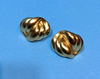 80s Etruscan Matte Curved Chunky Gold Plated Vintage Heavy Pierced Earrings