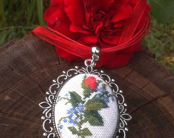 Red rose jewelry, Embroidery red rose jewelry, Embroidered red flower romantic necklace gift, red rose necklace for wife