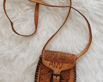 Small vintage tooled leather handbag | tooled leather cross body bag | Mexican leather bag | brown leather cross body handbag | boho bag