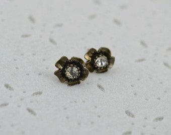 Bronze Earrings studs Bronze Flower Earrings Vintage Jewellery Crystal Earrings Studs, Bridesmaids earrings Flower girl Earrings Bronze