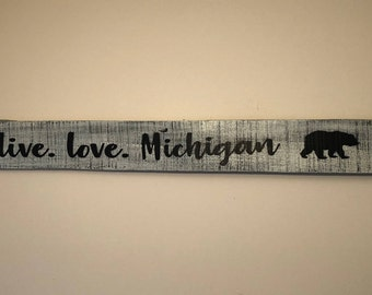 Love Michigan Wood Sign | Made To Order | FREE SHIPPING | Rustic Love Michigan Sign