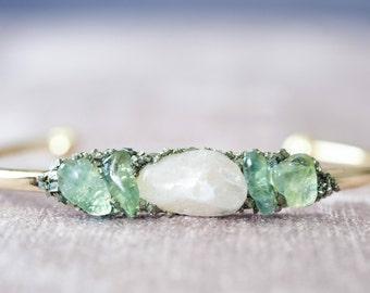 Gemstone Bracelet Dainty Bracelet Rose Quartz Bracelet Raw Apatite Cuff Mineral Jewelry Raw Stone Bracelet Apatite Jewelry Mineral Bracelet