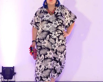 black and white dress,  plus size dress ,casual dress, plus size kaftan, dress with pockets,trendy plus size, plus size maxi dress, plus siz