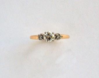 Vintage diamond engagement ring, Diamond Engagement ring, Classic 3 stone ring, Vintage diamond ring, estate diamond ring, estate engagement