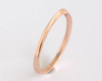Wedding Band, Mobius Ring, Gold Wedding Ring, Stacking Wedding Ring, 2mm Wedding Band, Twisted Wedding Band, Gold Wedding Ring, Thin Band