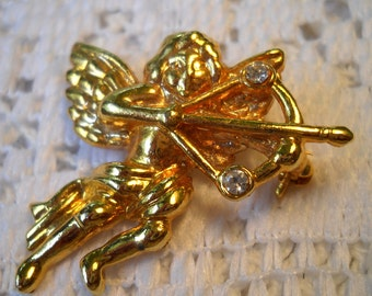 Vintage Cupid Brooch, Valentine Brooch, Gold and Rhinestone Cupid Pin, Cupid with Bow and Arrow, Angel with Arrow Brooch, Flying Angel Pin