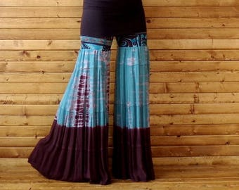 M/L Gypsy Flare Pants, Travelers Pants,Retro 70's Stretch Palazzo, Bloomer Pants, Wide Leg Pants, Tie Dye Pants, Mega Bells