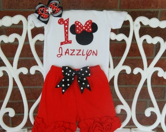 Minnie Mouse First Birthday Outfit! Baby Girl First Birthday Outfit with custom applique top, knit ruffle shorts and hair bow!