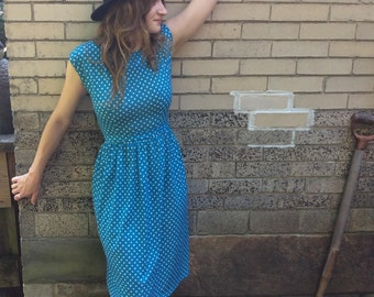 Vintage Soft Cotton Turquoise Dress with Leaf Print -- Size Small