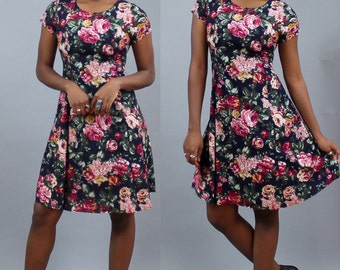 1990's Floral Rose Corset Dress in Small or Medium . Short Cap Sleeve . Thin Rayon . Indian Summer Dress