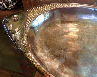 Large Vintage Metal Fish Platter, Fish shaped platter, fish centerpiece, fish serving tray