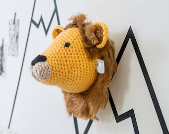Taxidermy Crochet Lion, stuffed lion, lion mount, lion head, nursery decor, animal head wall, babies room, nursery wall art, baby shower