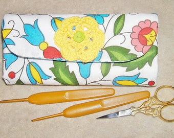 Handmade crochet hook case, organiser, holder, crochet hook storage, pink floral