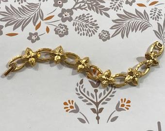 Vintage Flower Bracelet Signed Napier/1960/Opaque Gold-tone Metal