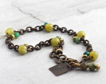 Dainty chain bracelet with stones, Olive jade jewelry, Green bridesmaid gift idea, Present for boho sister