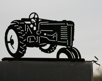 Vintage Tractor Mailbox Topper, Tractor Fence Rail Topper, Farmhouse Mailbox, Tractor Mailbox Top, Outdoor Farmhouse Decor, Farm Mailbox