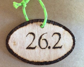 Marathon half marathon running gift ornament wood sticker wall hanging personalized triathlon