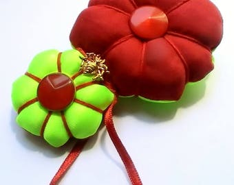 """Japanese brooch style """"Kimono"""" red, neon yellow and Golden Spider"""